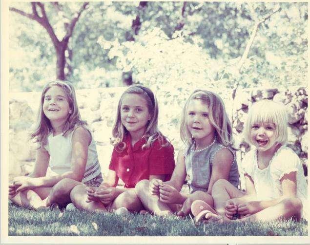 cuatro niñas sexo hijos