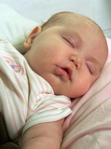bébé sueño dormir