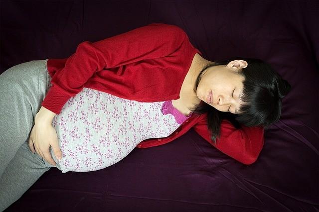 embarazada dormida