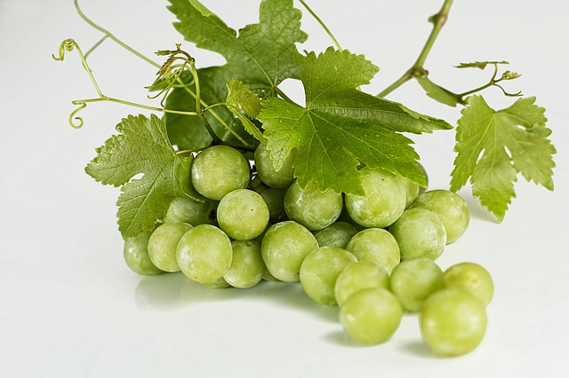 racimo de uvas fruta comida sana