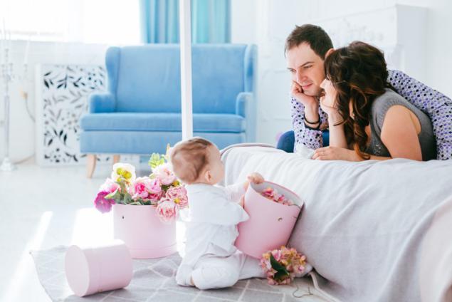 bebe conciliacion bajas maternidad y paternidad padre madre
