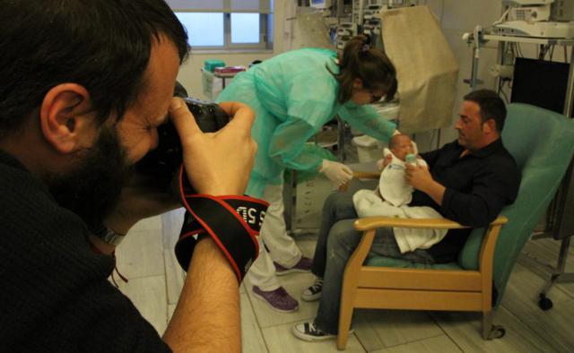 prematuros fotos gratis a bebés ingresados en UCIS hospitales de Cataluña
