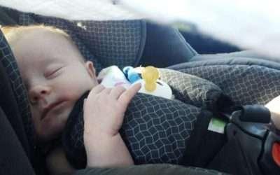 ¿Dónde colocar la silla del bebé en el coche?
