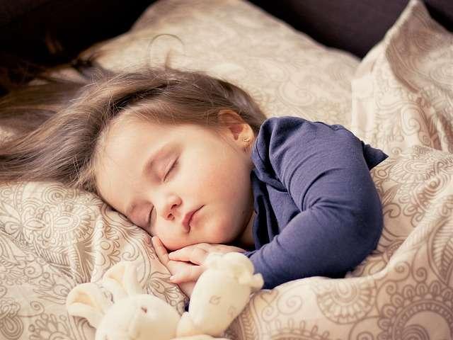 niño dormido dormir sueño