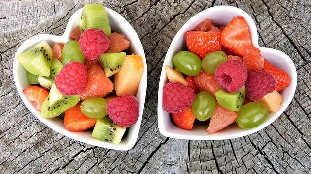 comida fruta dieta saludable fresas kiwi fibra