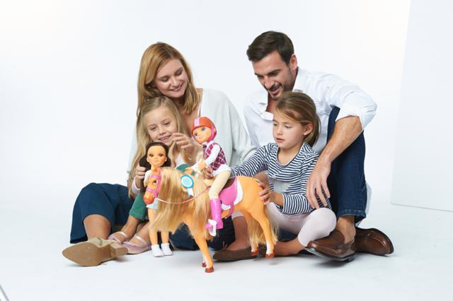 jugar con los hijos foto de famosa